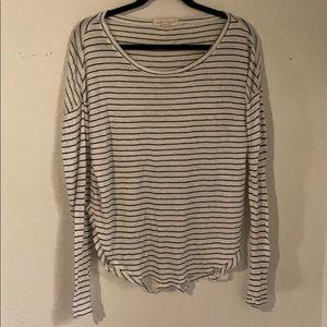 Love stitch striped knit shirt